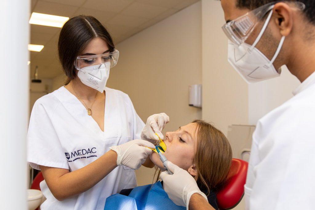 consejos-conseguir-buena-higiene-dental